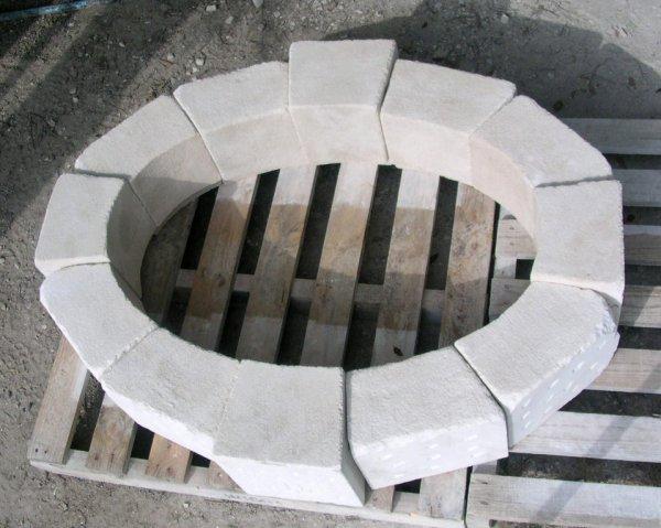 taille de pierre en granit pour appuis de fen tres jambages linteaux pile de portail couvertine. Black Bedroom Furniture Sets. Home Design Ideas