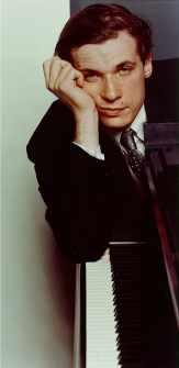 Glenn Gould - Source : www.glenngould.com
